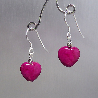 Cerise mini fossil heart earrings