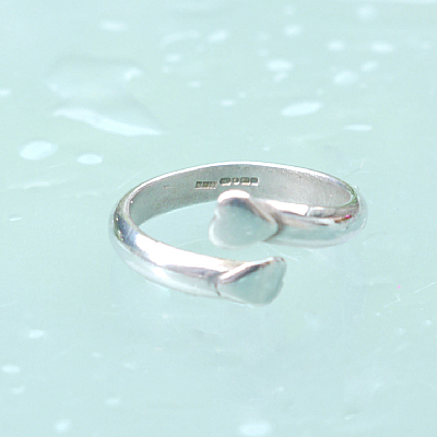 Sterling silver double heart open ring